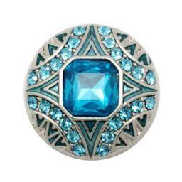Voluminous Turquoise Treasure Snap